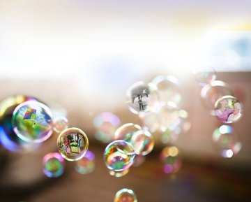 12.15.15-Blog-Post-Image_bubbles-bubble-memories