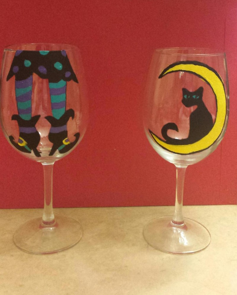 Halloween Wine Glass Class - In Studio Class